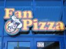Фигурная световая вывеска для пиццерии